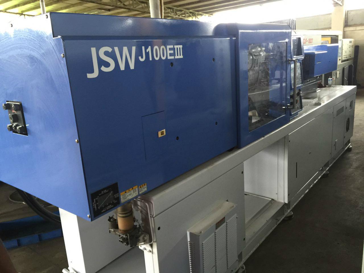 日钢100吨J100EIII二手注塑机